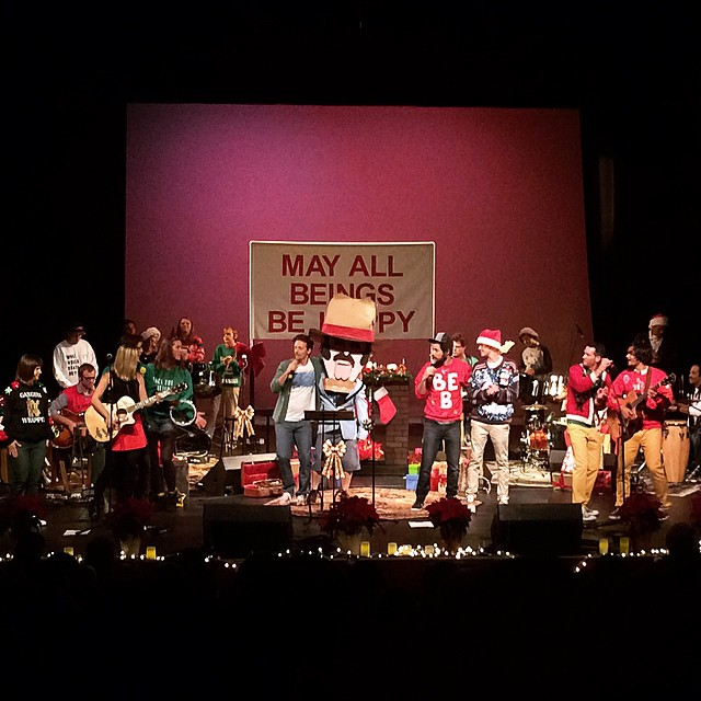 we are thomasse billy galewood raining jane mc flow eric schwartz jason mraz feeding the soul holiday show